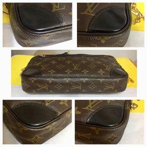 Louis Vuitton Bags - Louis Vuitton Marly Dragonne GM Shoulder Bag Black